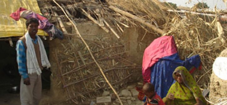 INDIA: Authorities demolish 100s of houses in Kathputali Colony, resulting in death of infant